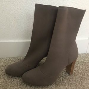 CHARLES BY CHARLES DAVID Shirley Mid-Calf Boot